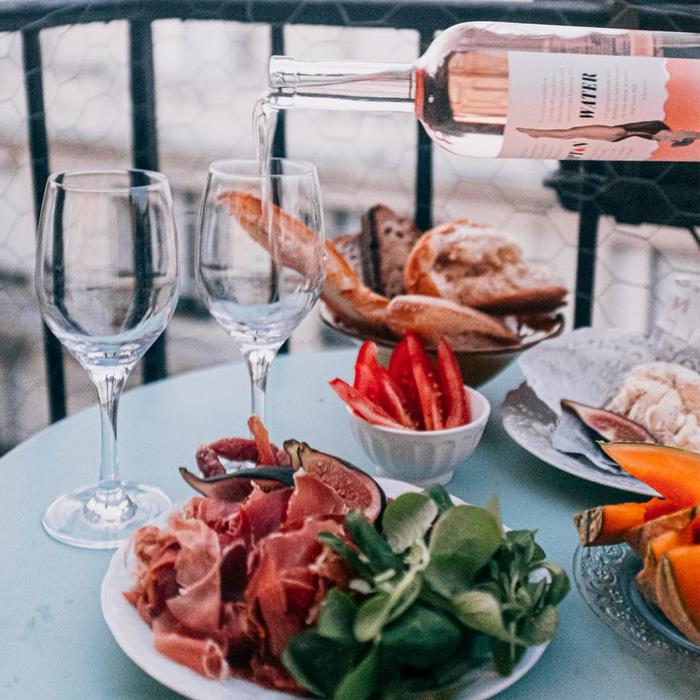 Chọn rượu vang phù hợp với thức ăn