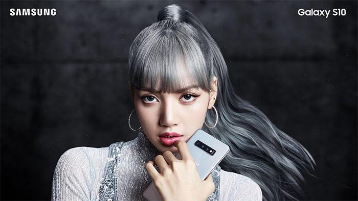 Lisa quảng cáo SamSung